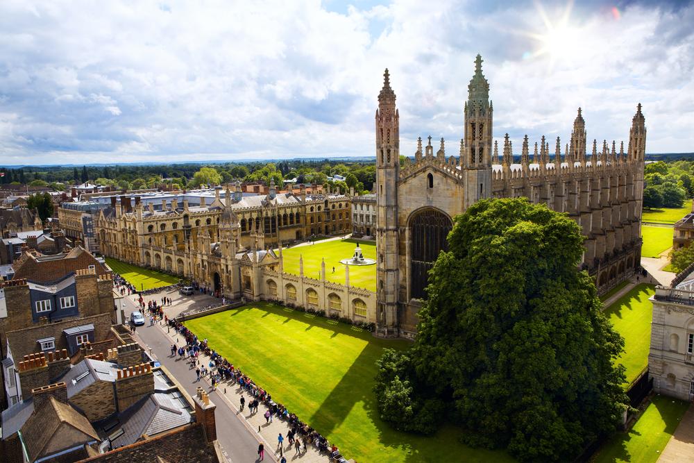 CAMBRIDGE V OXFORD