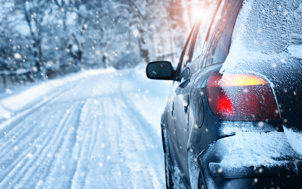 SIX TIPS FOR SAFER WINTER DRIVING